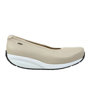 Women's Harper Tan Flats 700981-124I Small
